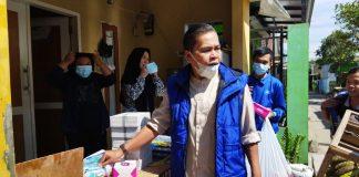 Anggota DPRD dari Fraksi Demokrat H. Agus Jaenudin, S.I. KOM saat reses di Desa Cigondewah Hilir, Kecamatan Margaasih. (Sopandi/dejurnal.com)