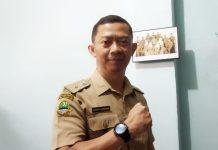 Kepala Desa Sayati Kecamatan Margahayu, Kab Bandung Nandar Rusnandar. (Sopandi/dejurnal.com)