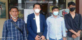 Kuasa hukum warga Sukaluyu Hamid, SH., MH (jas biru)