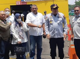 Ketua Komisi III DPRD Kabupaten Bandung H. Yanto Setianto (paling kanan)